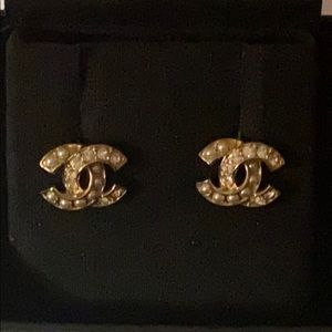 NEW Chanel CC Golden Pearly Crystal Earrings studs